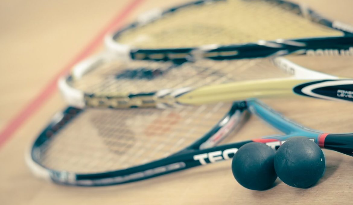 Players Guide to Best Squash Racquets with 10 Racquets Reviewed