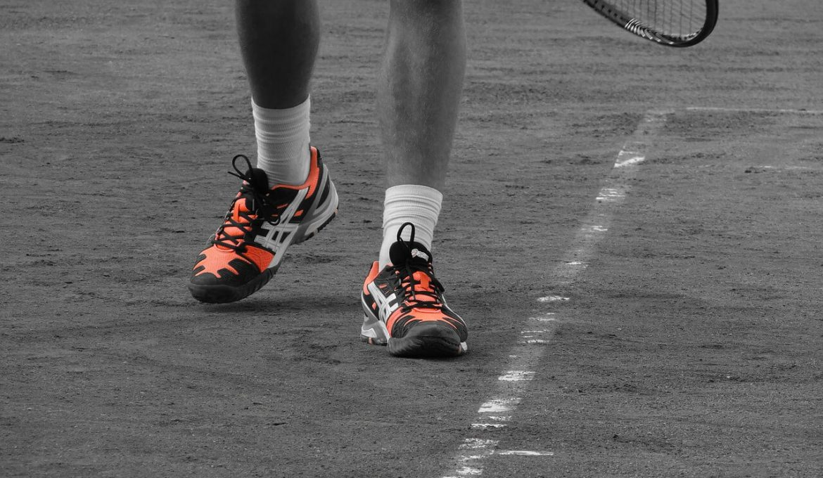 Guide to Choosing the Best Tennis Shoes for the Backcourt and Beyond