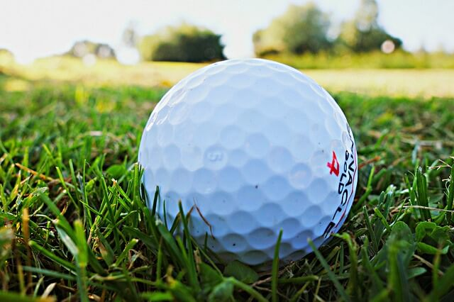 Golf Ball Reviews – Best Golf Balls For Beginners, Pro and Women